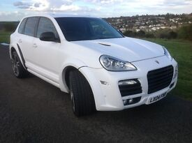 Porsche Cayenne 3.2 V6 Tiptronic S AWD 5dr Auto 2004 (04 Reg) - Body Kit & Large Alloys Price £7950