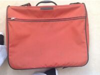 Samsonite garment bag/suit carrier - excellent condition