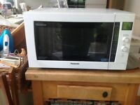 Microwave combination oven Panasonic white excellent condition with manual & box buyer collects