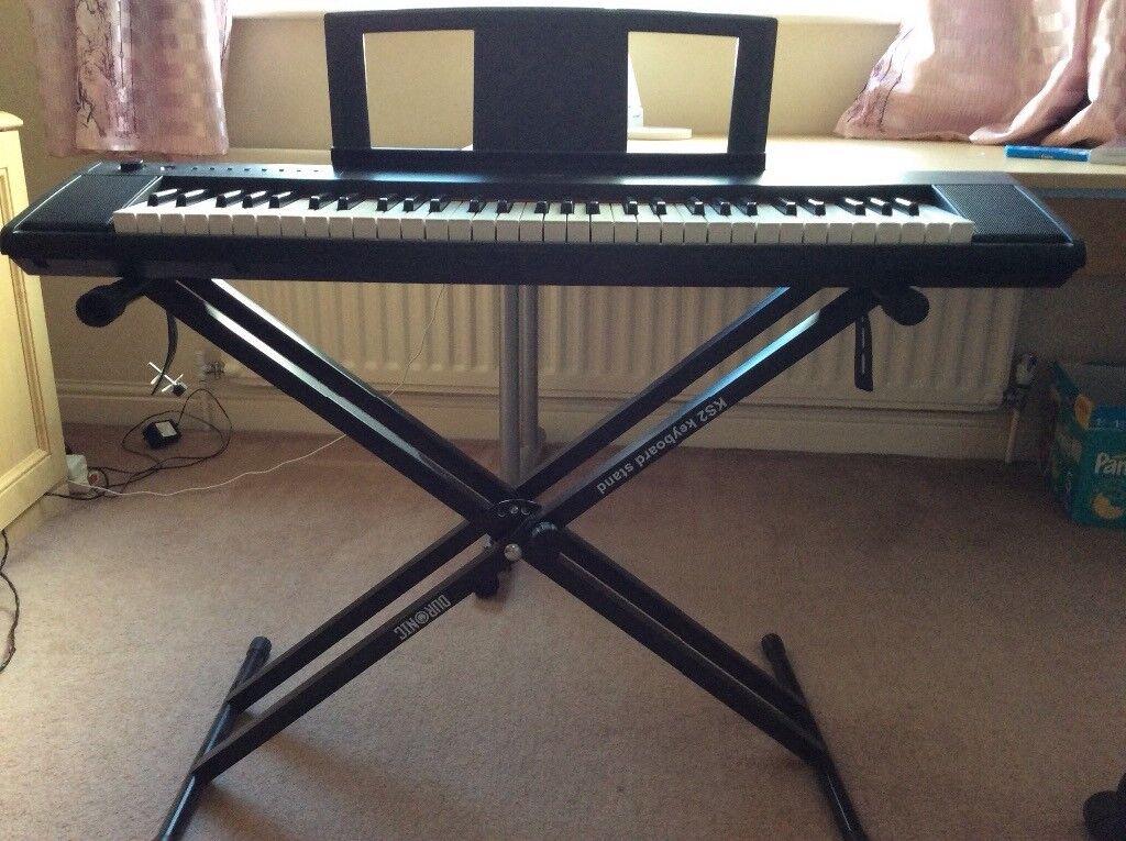 YAMAHA electronic keyboard piaggero Piajero Black NP-11 with Stand