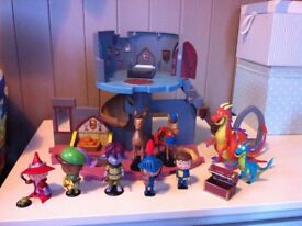 Mike the Knight castle play set