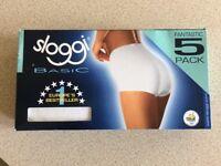 Brand New Ladies Sloggi White Basic Briefs x 5 pairs in Unopened box size 16