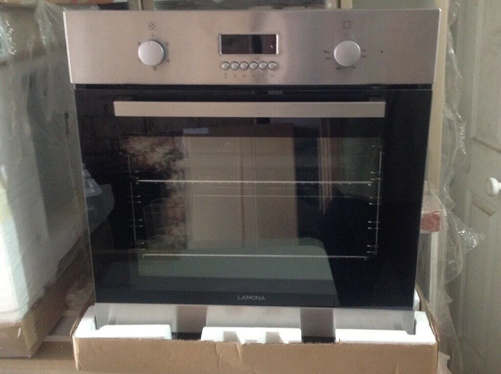 New Unused Lamona Lam3400 Single Fan Oven And Grill Howdens