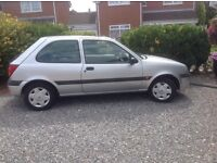 2001 SILVER FIESTA EXCELLENT CONDITION VERY LOW MILAGE