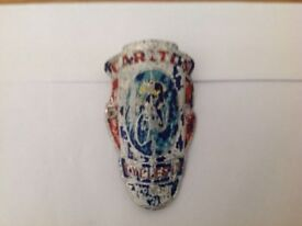 RARE VINTAGE CARLTON BICYCLE BADGE -barn find can post