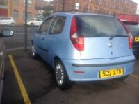 Fiat punto active 1.2 2006 only 83000 miles light blue leaves with one year MOT 3 door