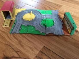Thomas take n play farm playset