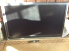 Used toshiba LCD hd 47 TV gaming no stand