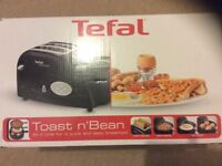 Tefal toaster, egg and beans set