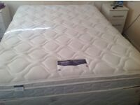 Nearly New Silentnight King Size Divan Bed with 2 drawers.