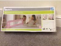 Lindam - Safe & Secure soft folding bed rail - PINK