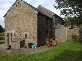 2 bedroom barn conversion to rent. Nr Liskeard