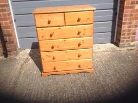 Sturdy Pine Chest of Drawers with 6 Drawers