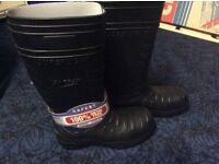 Steel toe cap Wellington boots size8