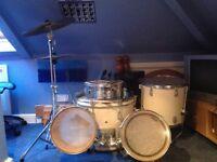 Drum Kit VGC