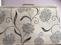 3 Roller blinds cream with grey/black flower pattern, as new