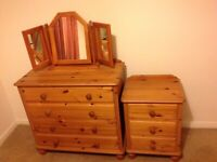 Bedside table and set of drawers with mirror