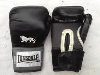 Lonsdale 14oz Boxing Gloves