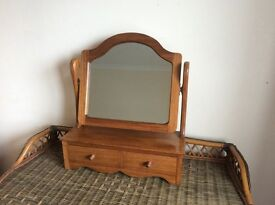 Beautiful solid wood dressing table mirror with 2 drawers. Craftsman made excellent condition.