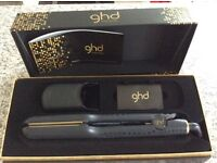 GHD V Gold Max Straightners for thick hair (wide bars)