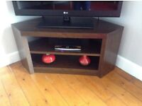 TV corner unit and coffee table with drawer. Dark oak. In very good condition.