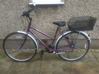 RALEIGH LADIES BIKE FOR SALE-IMMACULATE CONDITION-FREE DELIVERY