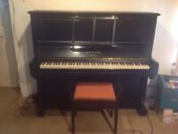Piano, Bechstein upright, great condition