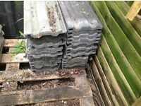 Joblot of roof tiles