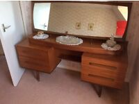 Household furniture and appliances - excellent conditions