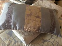 King Size 'Bedeck' Duvet Set with matching bedspread/Throw and Cushion.
