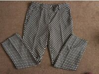 H&M TROUSERS SIZE 38 PATTERNED