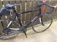 Verenti Millook road bike, carbon fork & stays, Sram Rival gears.