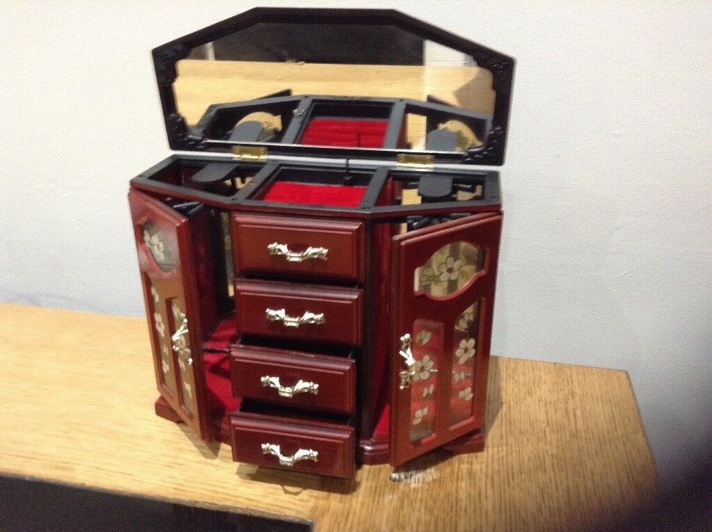 For sale musical jewellery box
