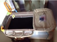 Hauck Baby Centre Play Pen & Travel Cot