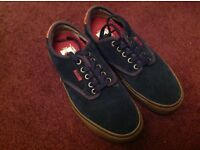 Vans casual shoes, size 6 (39), hardly worn