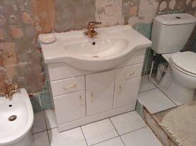 Bathroom washbasin and cupboatd