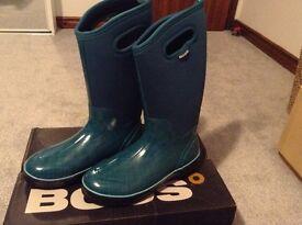 Ladies wellingtons. BOGS RRP £85! Size 7-8.
