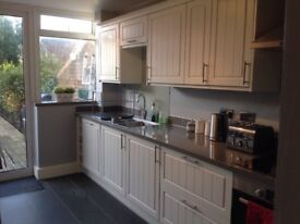 3 Bedroom Flat to rent Murfett Close-NO FEES