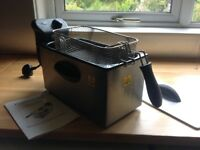COOKWORKS 3lt STAINLESS STEEL DEEP FRYER, COMPLETE WITH INSTRUCTION MANUAL