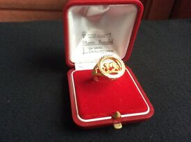 18ct solid gold Taurus ring