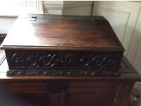 17TH CENTURY OAK BIBLE BOX/SLOPE CIRCA 1680...