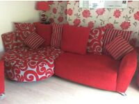 Immaculate dfs suite .. 3-4 seater chaise 1x swivel chair 1 X standard chair / footstool