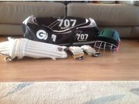 Junior Cricket kit in full size GM bag, gloves, hat, pads & box