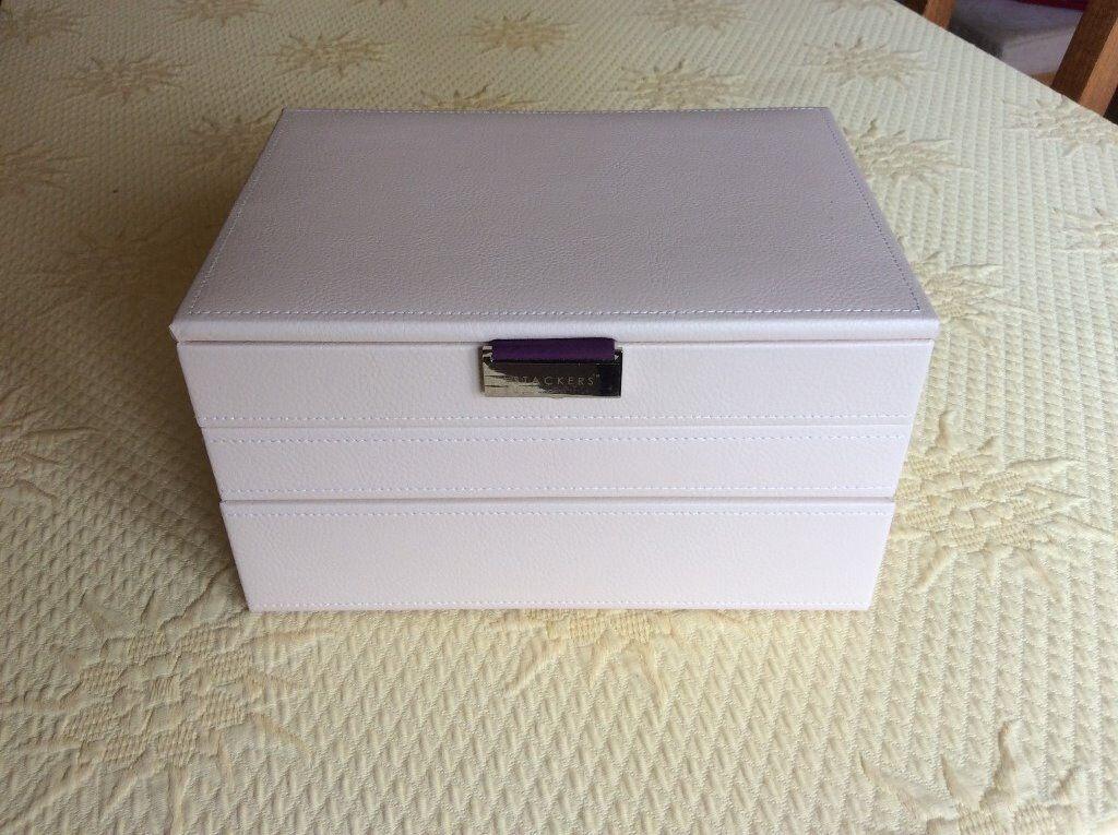 Stackers Cream Purple Interior Jewellery Box Rings layer