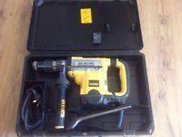 Dewalt D25601 sds max demolition hammer