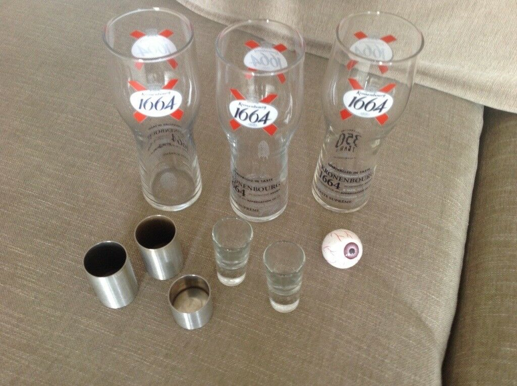 New 3 Kronenbourg lager glasses and box of 25 plastic wine glasses