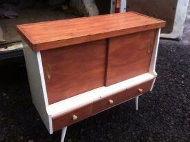 Vintage 1950s/60s sideboard/unit