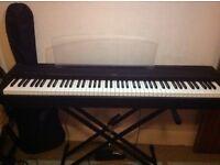 Yamaha piano p-70