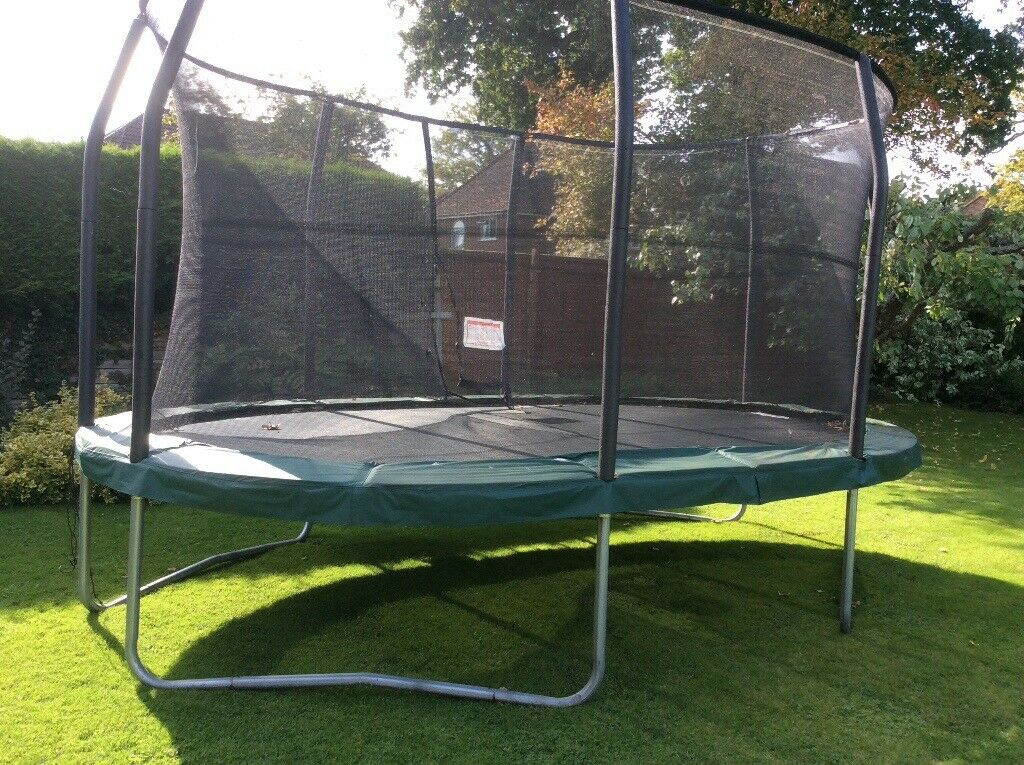 Jumpking Oval Trampoline Set (Rrp £599) includes safety net & ladder (15ft x10ft) | in Merstham ...