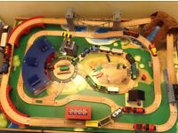 Toys R Us Toy Train Table